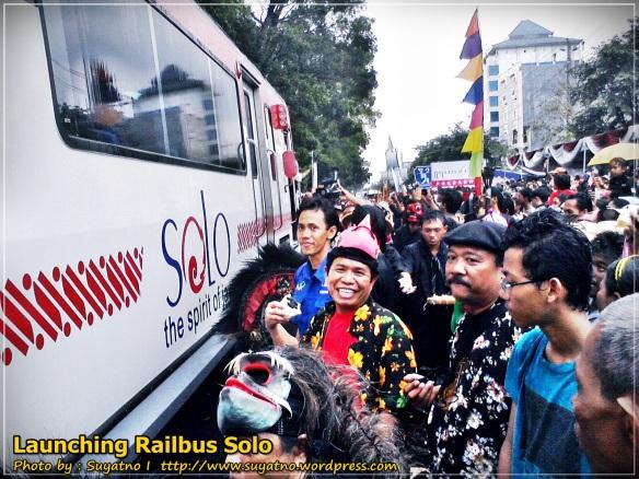 Railbus, moda transportasi baru di Solo