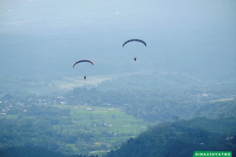 Paralayang Segoro Gunung